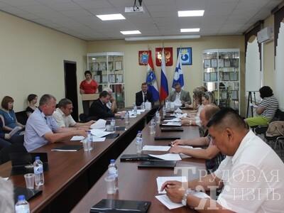Депутаты  района  поддержали  соседей