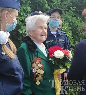 Парад  для  ветерана